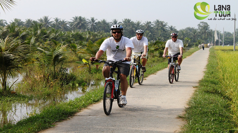 Bicycle tour in Viet Nam